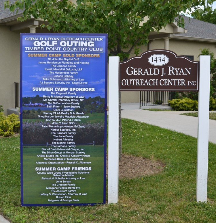 GROC golf outing sign