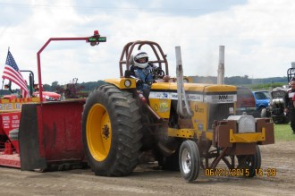 Big tractor pulls on Sunday