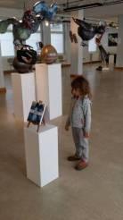 Il n'y pas d'âge pour apprécier une exposition d'Entrelacs !