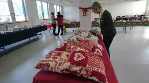 vmeh bénévoles marché de noel (3)