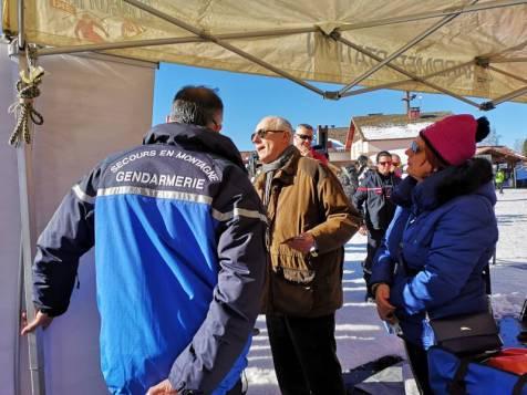 Le PGN présente son matériel de secours au grand public et assurera des démonstrations