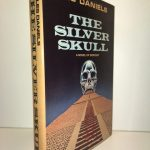 The Silver Skull: A Novel Of Sorcery