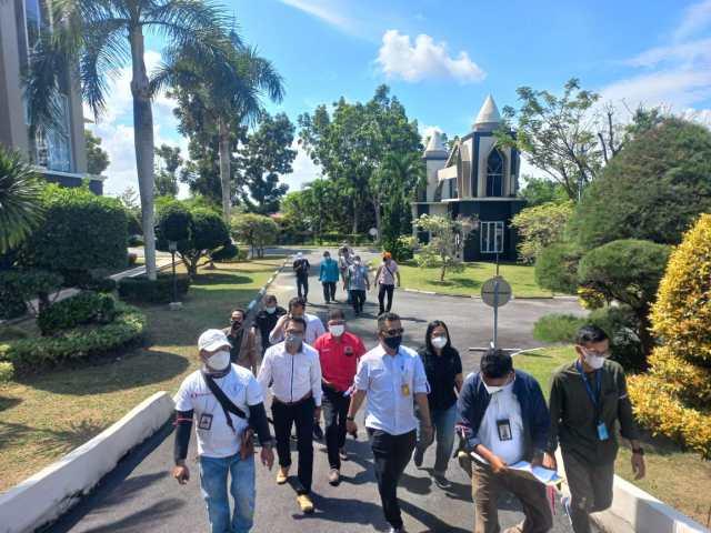 Aliansi Peduli Insan Pers (APIP) saat mendatangi Kantor Walikota Tanjungpinang
