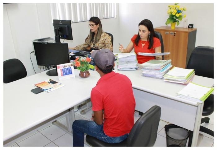 Juíza Raquel de Menezes priorizou, nesse período, audiências e análise de processos que tenham mulher como parte. (Foto: Asscom CGJMA).