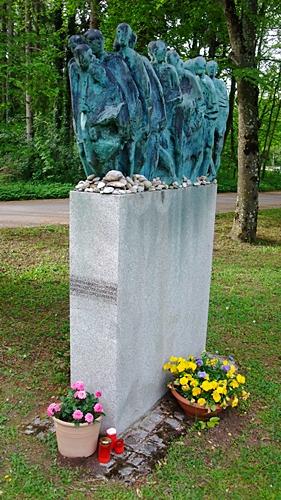 Hubertus von Pilgrim 'Todesmarsch'-Skulptur Grünwald (5)