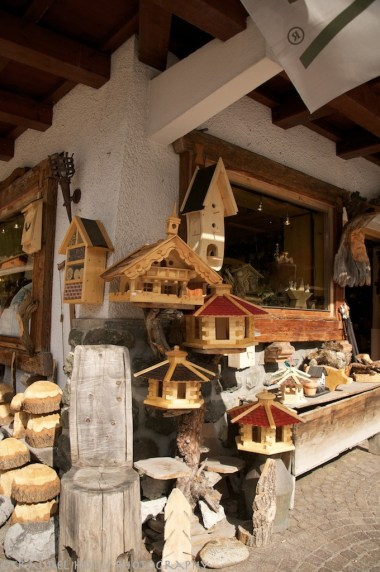 woodcarving in Val Gardena