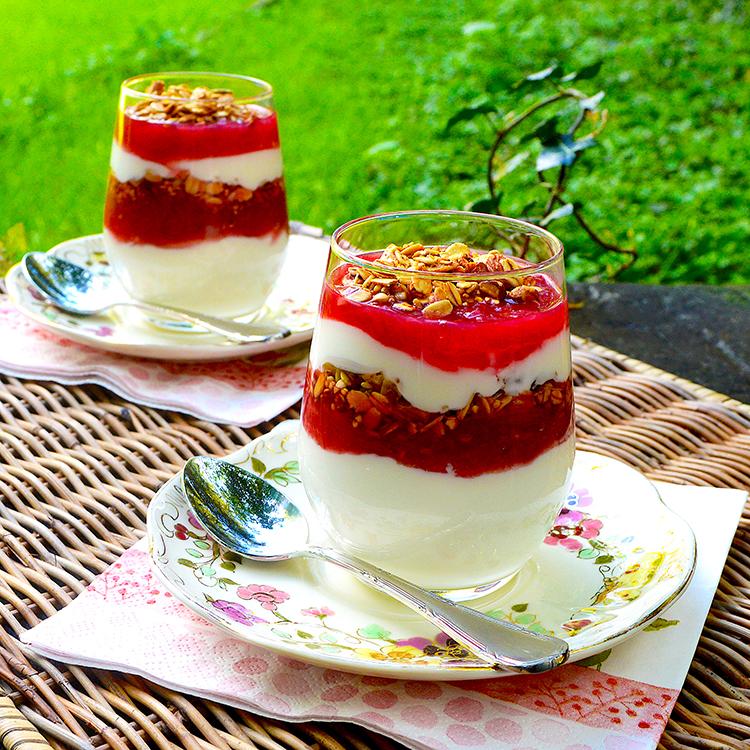 Rhubarb Compote Recipe / Компот от Ревен рецепта