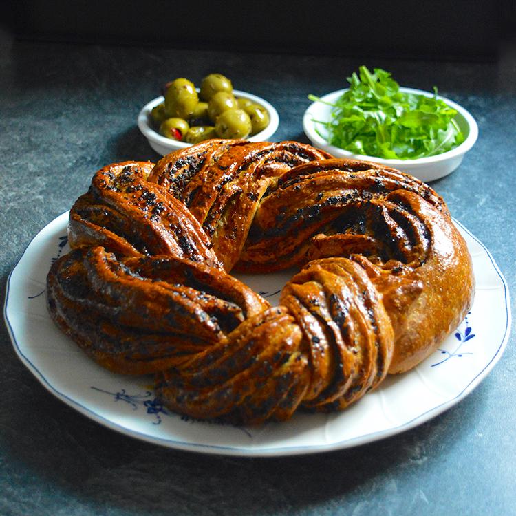 Crown bread recipe / Корона с Маслини рецепта