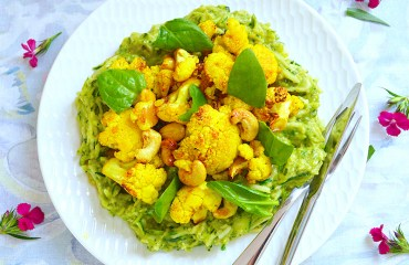 Cauliflower & Avocado Pesto Courgette Spirelli