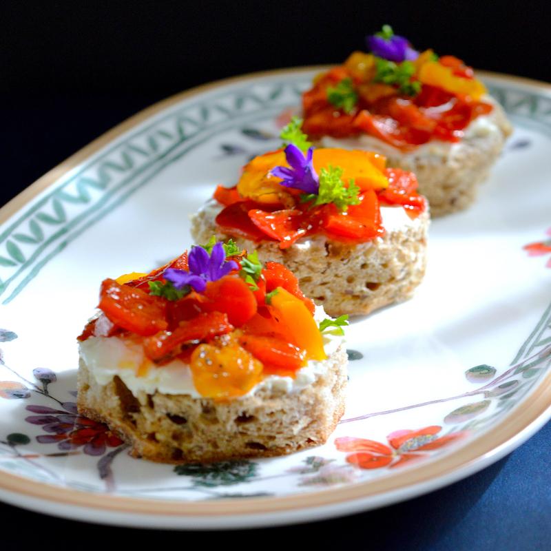 Мини сандвичи с печен пипер / Roasted Pepper Sandwiches