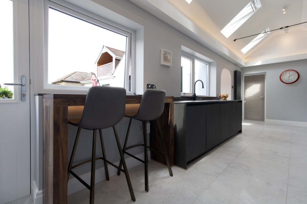 Schuller Targa Steel Kitchen Project in Old St Mellons - 03