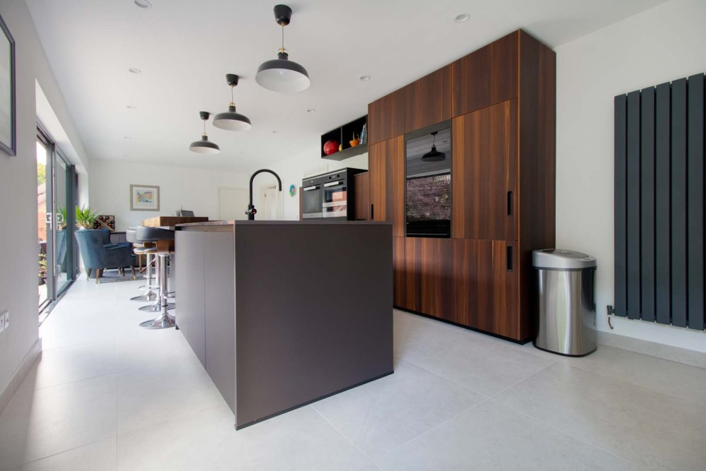 german-kitchens-by-artisan-cardiff-portfolio-next125-fenix (1)