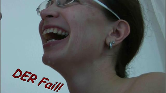 pornos 1687614 - Blowjob Fail! - sperma, Schwanz, maulfotze, Lecken, fail, deepthroat, cumshot, Brille, Blowjob, Blasen
