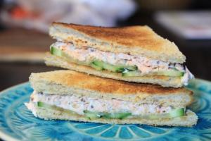 Lachs Toast Remoulade Gurken Sandwich Germanabendbrot Foodblog Rezept