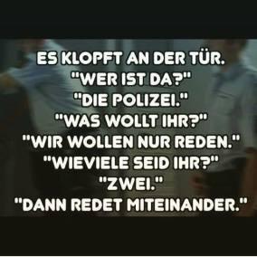 polizei an der tür
