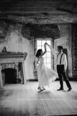 Salubria Wedding dancing upstairs
