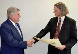 Consul General Dr. Bernd Fischer retired