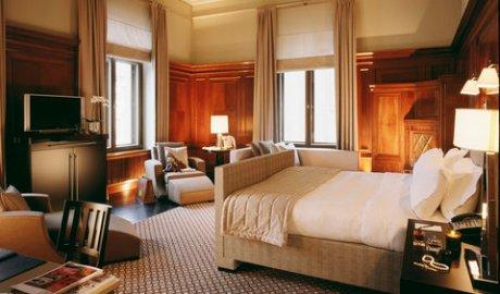 2631759-Rocco-Forte-Hotel-de-Rome-Suite-4