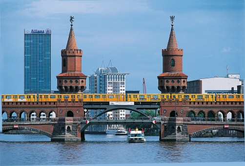 Boat coming through Berlin bridge
