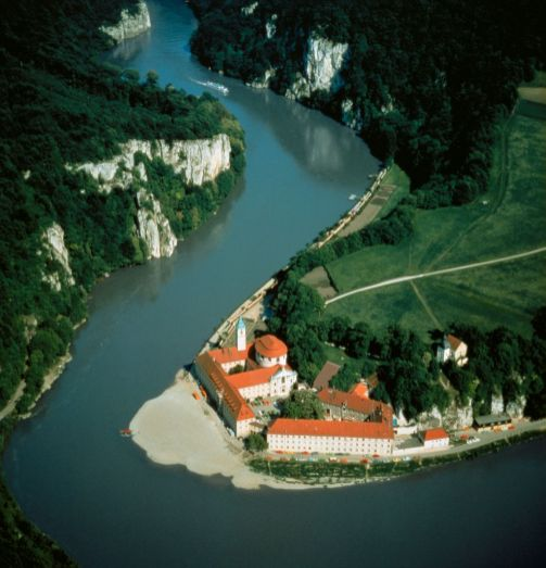 Danube Bend Tour Operators