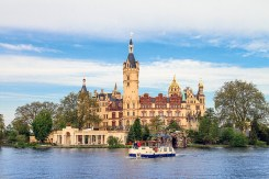 Schwerin castle can rival the best in Germany for majesty and location