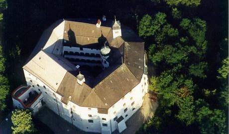 Schloss Amerang from the air