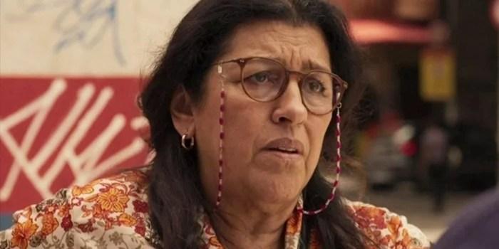 Regina Casé (Lurdes) em cena de Amor de Mãe; segunda parte da novela é cercada de mistério (Foto: Reprodução/Globo)