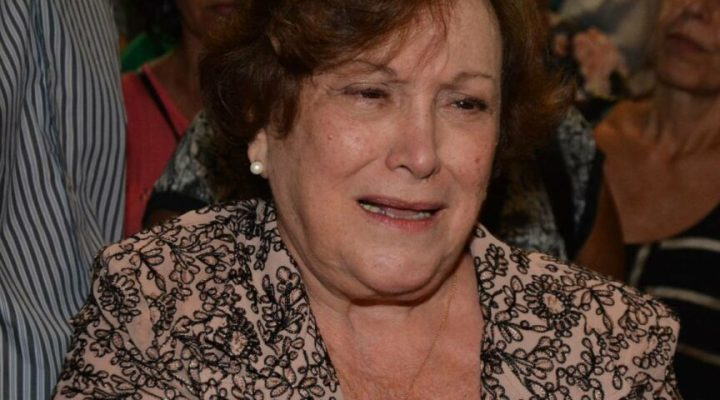 Nicette Bruno internada