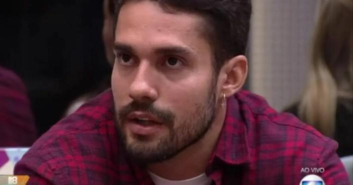 Eliminado do BBB21, Arcrebiano elogia Felipe Prior(Foto: Reprodução)