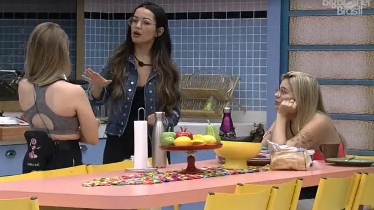 Juliette e Viih Tube deram conselhos para a atriz no BBB21 (Foto: Reprodução)