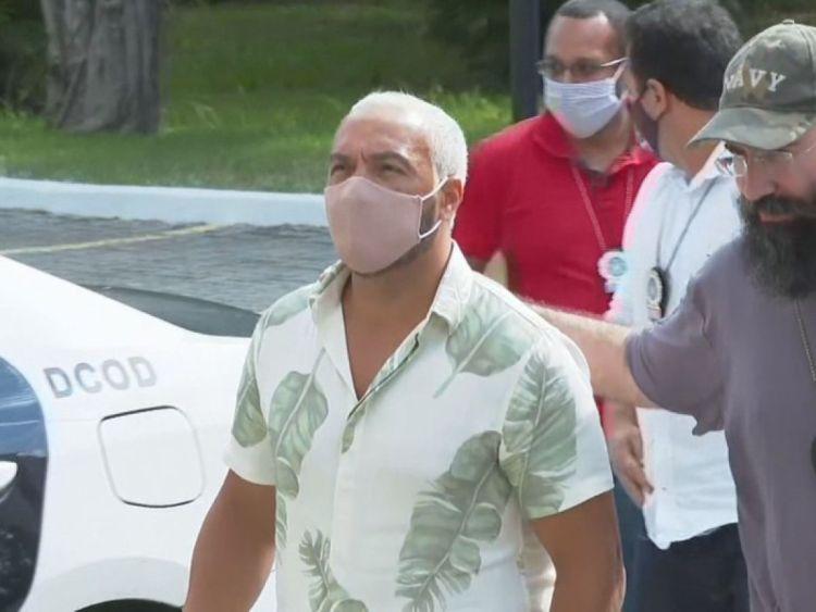 Belo foi preso após provocar aglomeração (Foto: Reprodução)