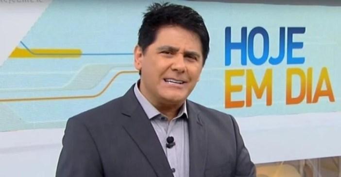 César Filho é substituído por Celso Zucatelli no comando do Hoje em Dia (Foto: Reprodução)