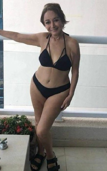 Chiquinha posa de biquíni no Instagram (Foto: Reprodução)
