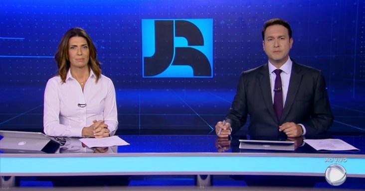 Record comete erro ao vivo e é condenada por casal (Foto: Reprodução)