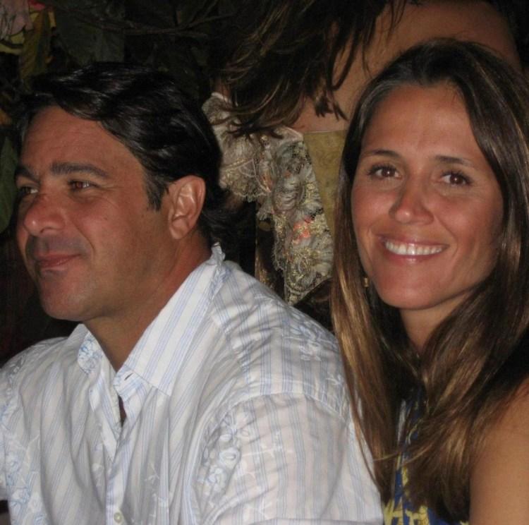 Ana Luíza Guimarães, apresentadora eventual do JN e seu marido (Foto: Reprodução)