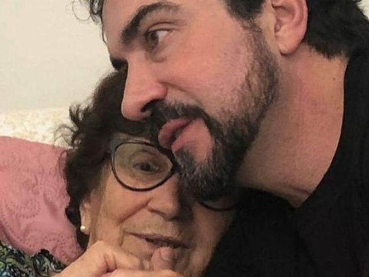 Mãe de Padre Fábio de Melo, Ana Maria, está intubada com Covid-19 (Foto: Reprodução)