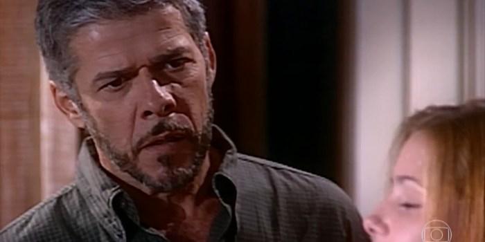 Pedro (José Mayer) terá filho com Íris (Deborah Secco) no final de Laços de Família (Foto: Reprodução/TV Globo)