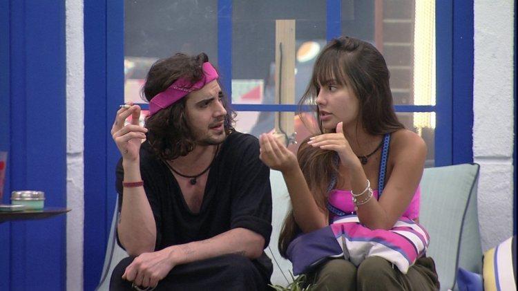 BBB21: Thaís e Fiuk conversam sobre relação de ambos no reality global (Foto: Reprodução)