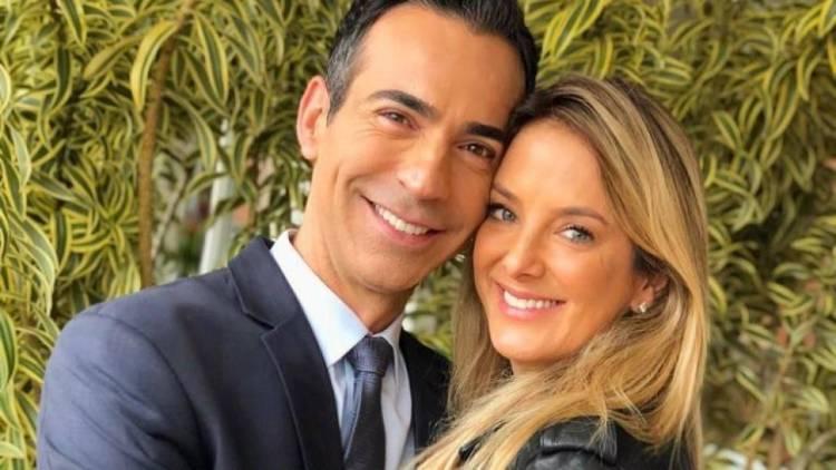 César Tralli, do Grupo Globo e Ticiane Pinheiro, da Record, são marido e mulher (Foto: Reprodução)