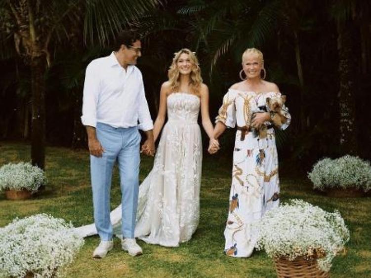 Luciano Szafir e Xuxa Meneghel juntos de sua filha, Sasha (Foto: Reprodução)