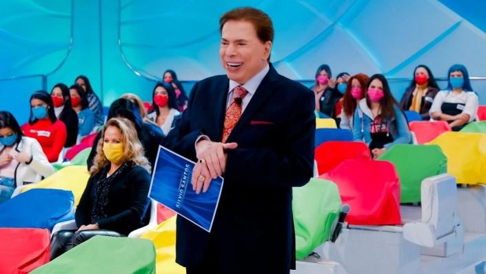 Silvio Santos em gravação inédita no SBT com plateia longe (Foto: Reprodução)