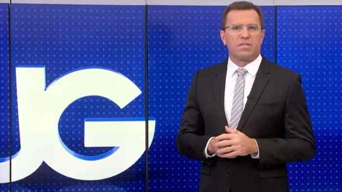 Rodrigo Bocardi assumiu o comando do Jornal da Globo em seu retorno  (Foto: Reprodução)
