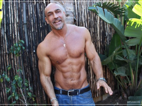 How to get a muscular body after 40? 6