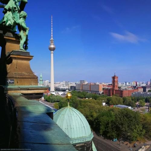 Blick auf Alexanderplatz vom Berliner Dom