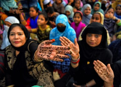 Wohin steuert die grösste Demokratie der Welt? Indiens politische Zukunft droht düster zu werden.