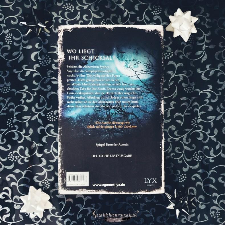 Klappentext von Bloodline - Magisches Erbe von Richelle Mead