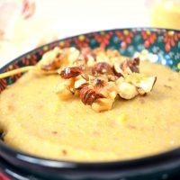 Bananen-Polenta-Porridge