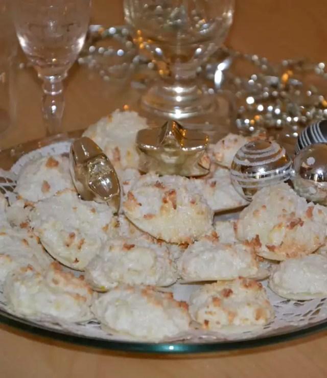 Weihnachtsbäckerei Kokos Busserl