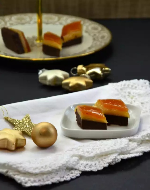 nougat-marzipan-marillen-konfekt-die-hochstapler