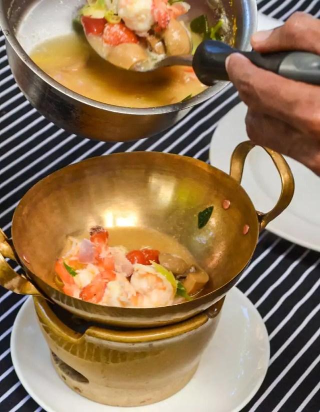 Thai Suppe mit Garnelen
